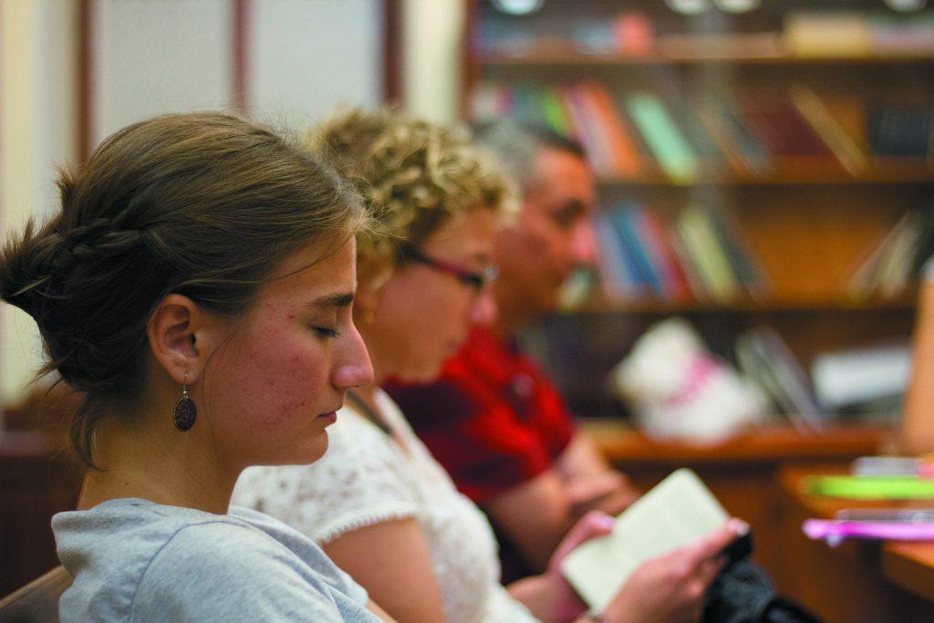 Dua toplantısında birlikte Allah ile sohbet edenler